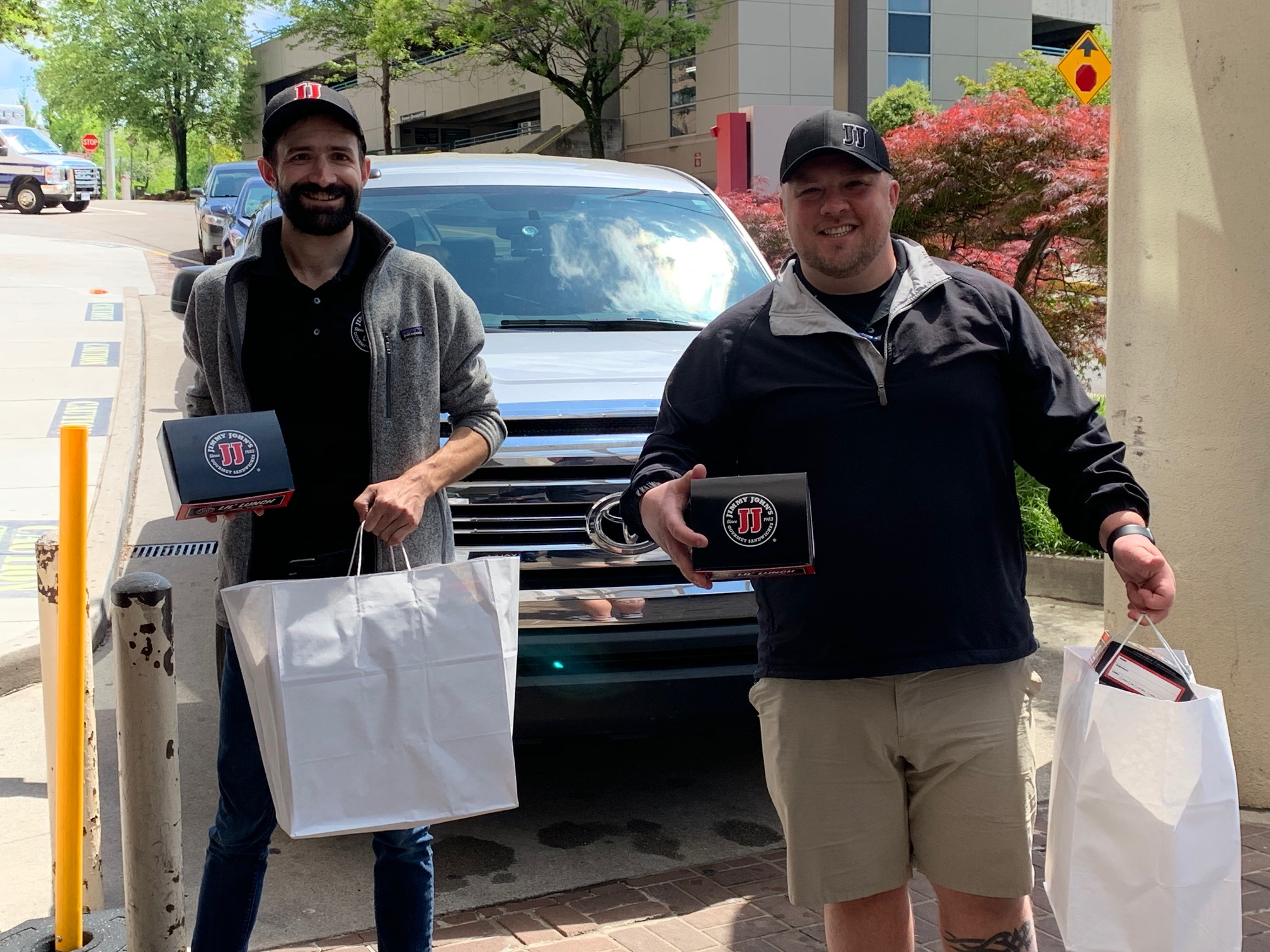 Jimmy John's delivered 600 sandwiches to Fort Sanders Regional, each with a handwritten note. We can't thank you enough for your generosity and words of encouragement.
